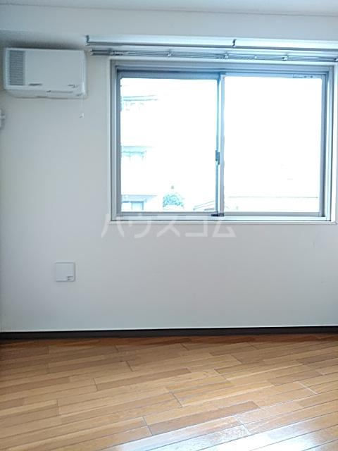 イルチェロⅡ 201号室の居室