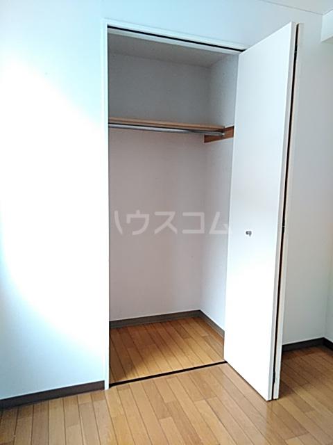 イルチェロⅡ 201号室の収納