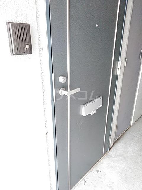 イルチェロⅡ 201号室の玄関