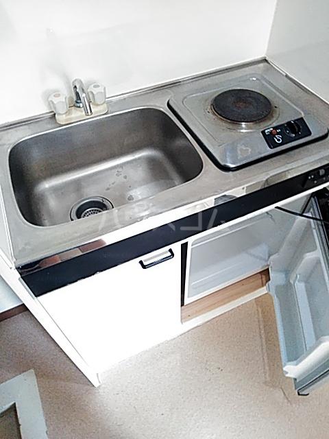 イルチェロⅡ 201号室のキッチン
