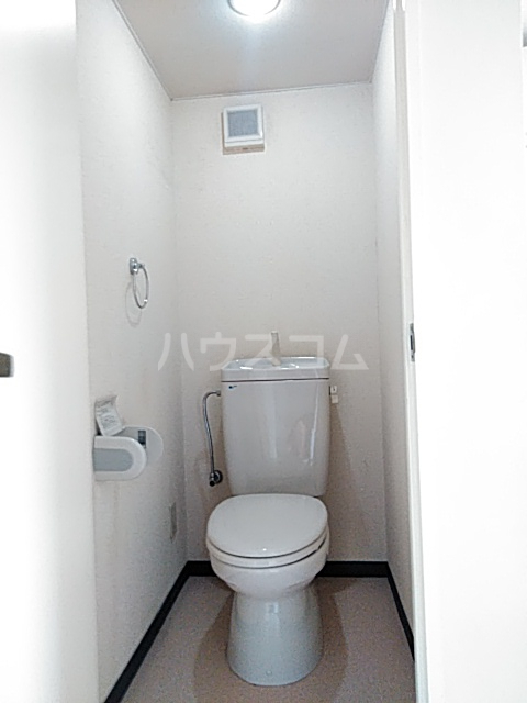 イルチェロⅡ 201号室のトイレ