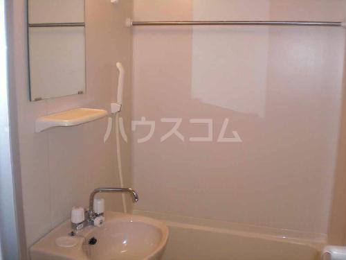 レオパレス飛鳥間 201号室の風呂
