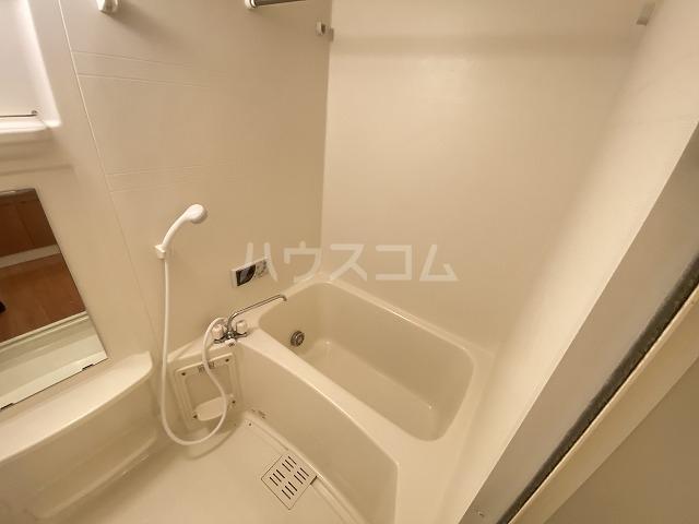 フォレストコムス 202号室の風呂