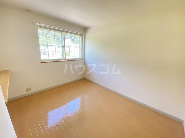 フォレストコムス 202号室の洗面所