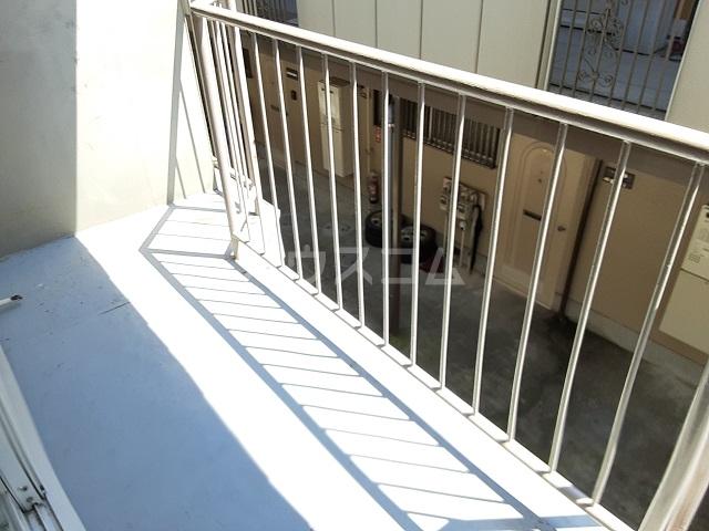 桜ヶ丘コーポ 203号室のバルコニー
