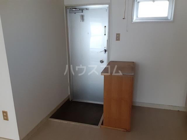 桜ヶ丘コーポ 203号室の玄関
