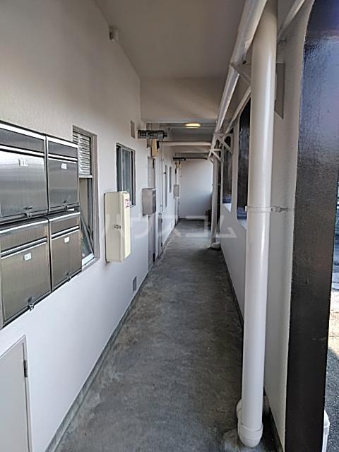 あきらマンション 305号室のロビー