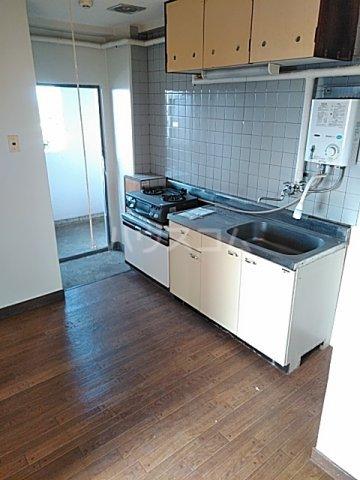 あきらマンション 305号室のキッチン