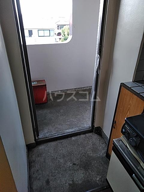あきらマンション 305号室の玄関