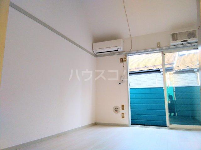 ララ鶴間No.3 202号室のリビング