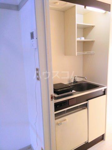 ララ鶴間No.3 202号室のキッチン