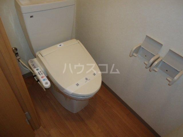 コンフォース・S 302号室のトイレ