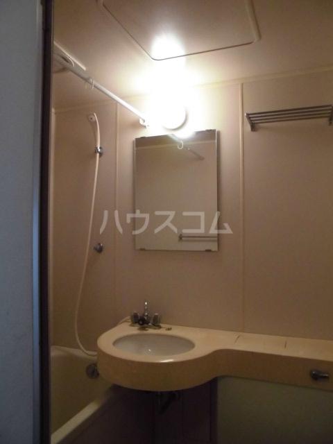 メゾン・ド・ピアⅡ 201号室のトイレ