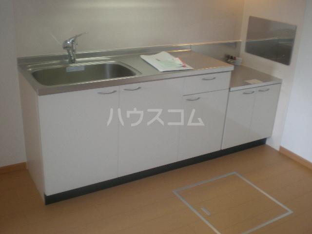 シャトレ・ハイムヒル 01020号室のキッチン