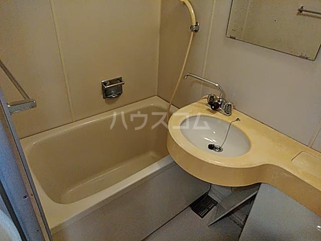 メゾン・ド・ピアⅡ 301号室の風呂
