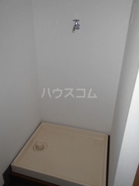 エテルノ鶴巻 302号室の居室