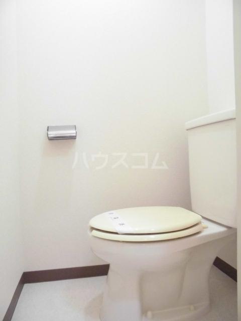 第五大場ビル 202号室のトイレ
