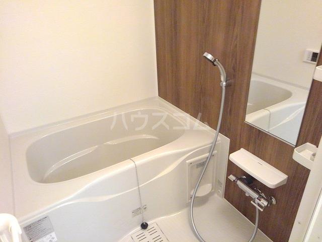 アーデント 02010号室の風呂