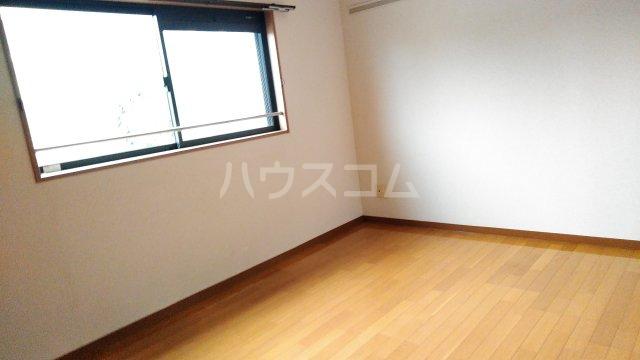 ラシーヌⅡ 301号室の居室