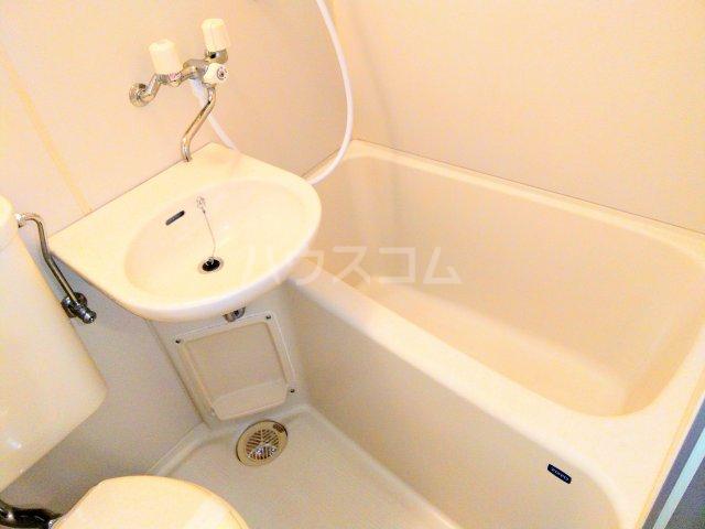 高峰コーポ 108号室の風呂