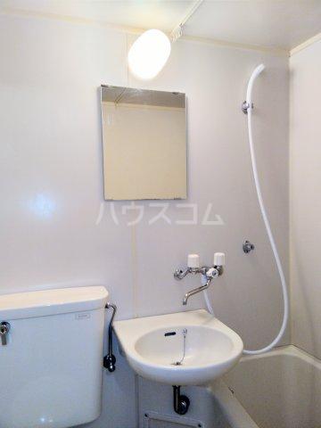 高峰コーポ 108号室の洗面所