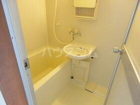 エスコートパートⅡ 206号室の洗面所