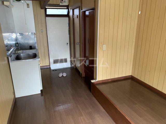 新富士見荘 105号室のリビング