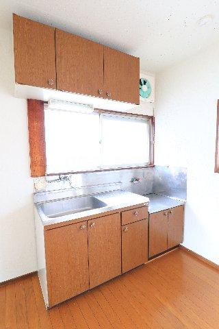 花沢第一コーポ 203号室のキッチン