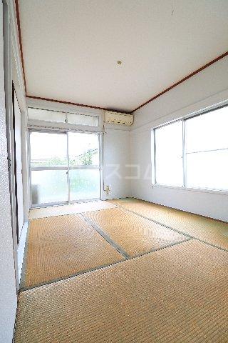 花沢第一コーポ 203号室の居室