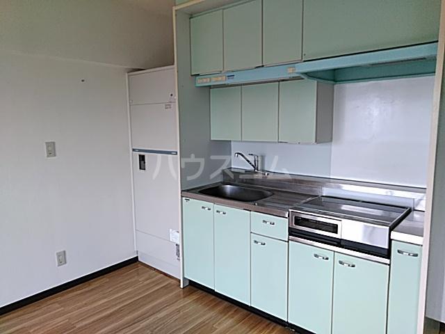 スカイコート 605号室のキッチン