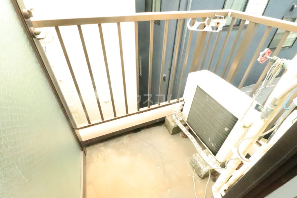 Kハウス南流山 303号室のバルコニー