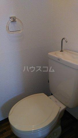グレイス湘南台 101号室のトイレ