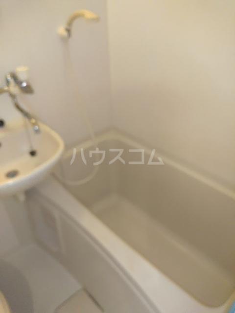 小高ハウス 101号室の風呂