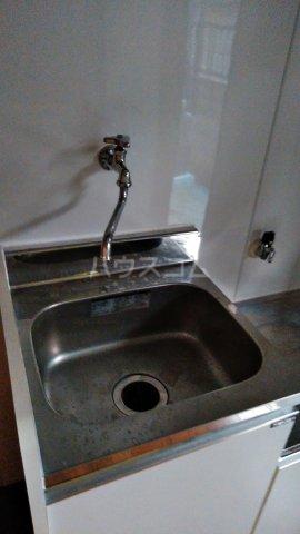 ドミールモリス 202号室の洗面所
