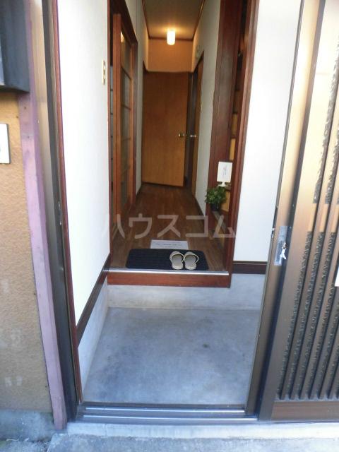 柏市常盤台貸家の玄関
