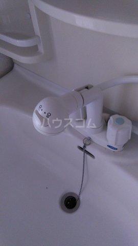 シャトー伊澤 202号室の洗面所