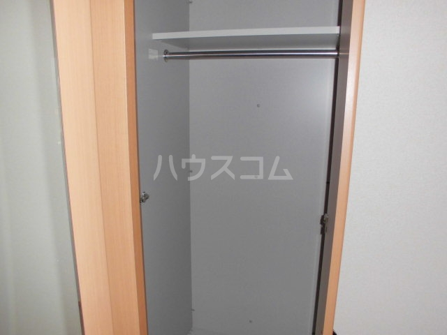 プルミエ 102号室の収納