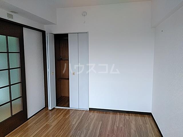 スカイコート 302号室のベッドルーム