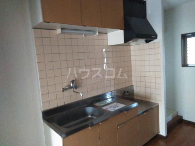 ソレイユK 205号室のキッチン