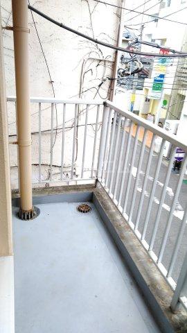 メゾン湘南 202号室のバルコニー