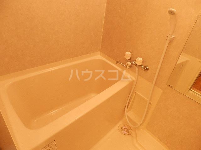レジデンスSAKURA 103号室の風呂