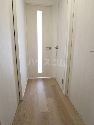 根本マンション 406号室の居室