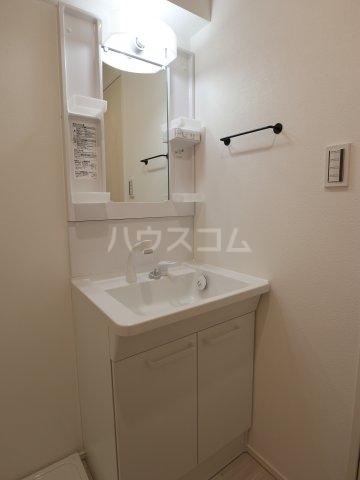根本マンション 406号室の風呂