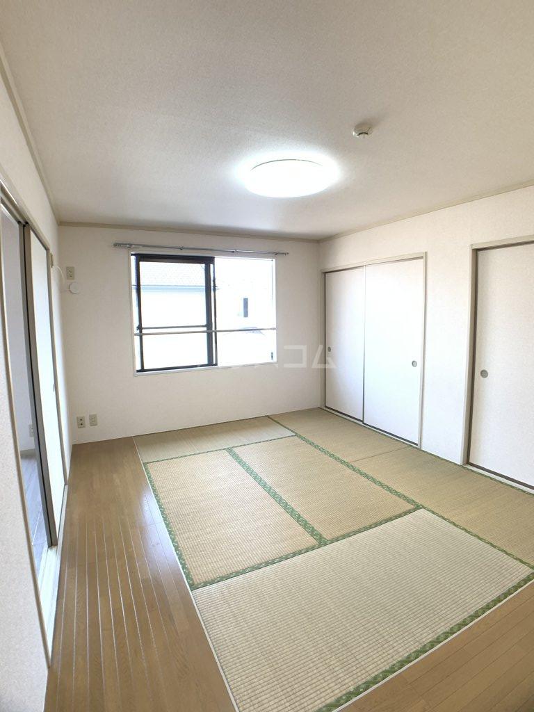 パールハイツ山口48 203号室の居室