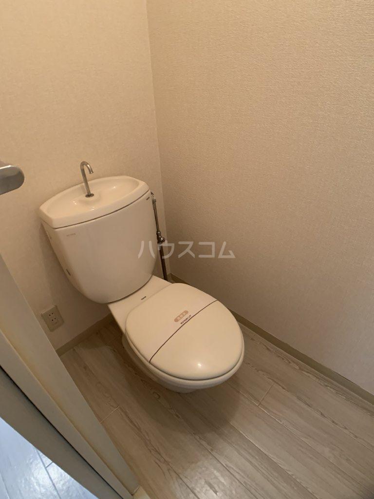 パールハイツ山口48 203号室のトイレ
