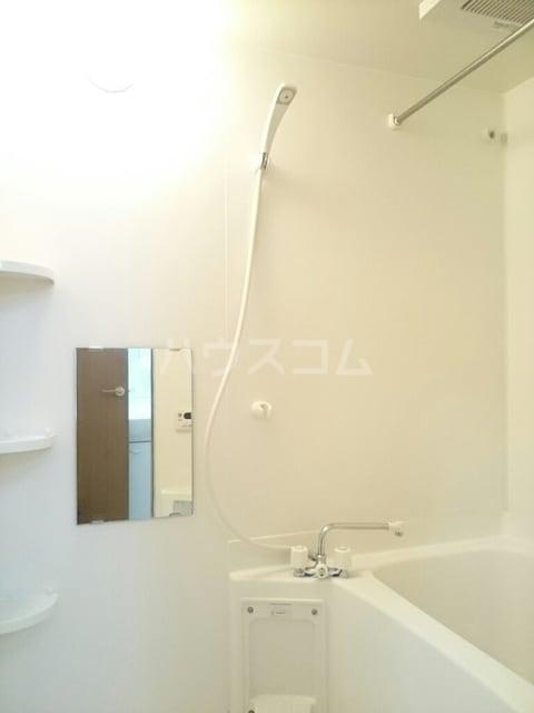 アルコバレーノ 02030号室の風呂