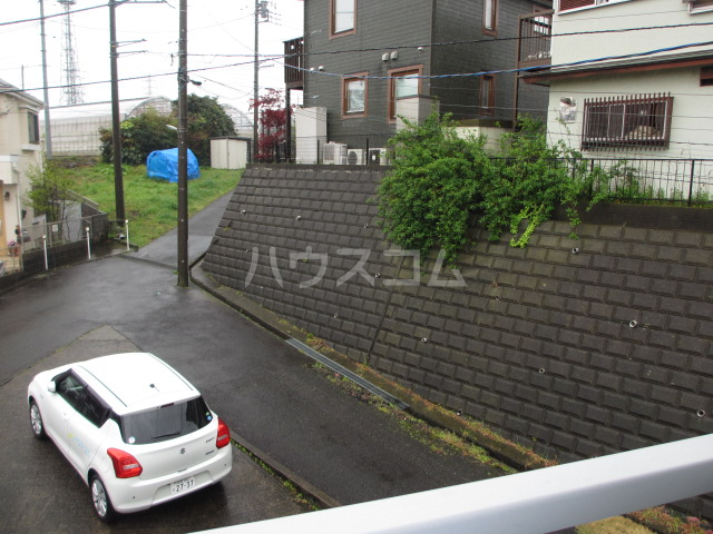 KTハイツ 201号室のベッドルーム