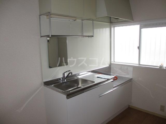KTハイツ 201号室のキッチン