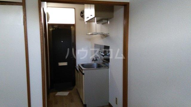 サンライフ元町 202号室のキッチン