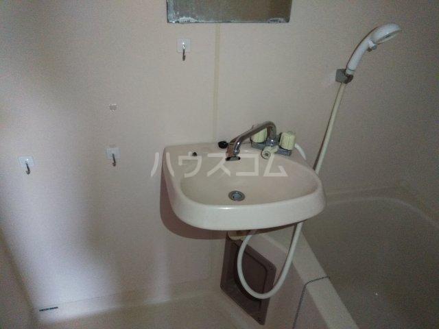 ポートアリス 207号室の洗面所